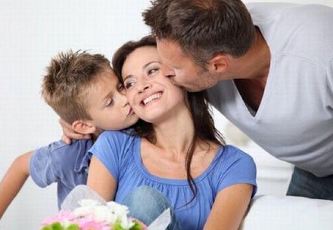 652x450_086834-6-secrete-pentru-a-fi-o-mamica-implinita-si-fericita